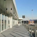 Area-esterna-Conad-Piombino-Colosseo-Grigioni,-Gletcher-Grau-e-Basalt-Grau