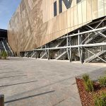 Pavimentazione-Pietra-sinterizzata-Orio_Center_centro-commerciale-L'Altra-Pietra-Colosseo-Grigioni-Duomo-Bluestone-Noir