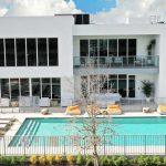 Miami-residence-Neo-Vita-pavimentazione-pietra-sinterizzata-L'Altra-Pietra-Colosseo-Pietra-di-Gerusalemme