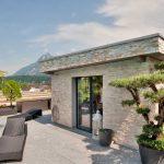 Lucerna-villa-pietra-sinterizzata-L'Altra-Pietra-Colosseo-Grigioni-Stone-Gres-Passo-Giapponese-Grigioni